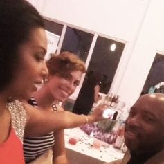 Battle of the selfies with the FABULOUS Vanessa James