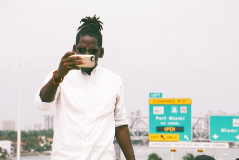 VisualsbyPierre documenting his journeys.